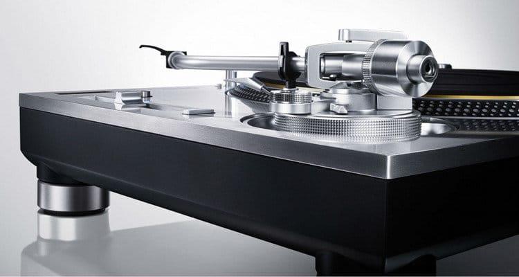 technics-grand-class-sl1200gae-50th-anniversary-edition-3