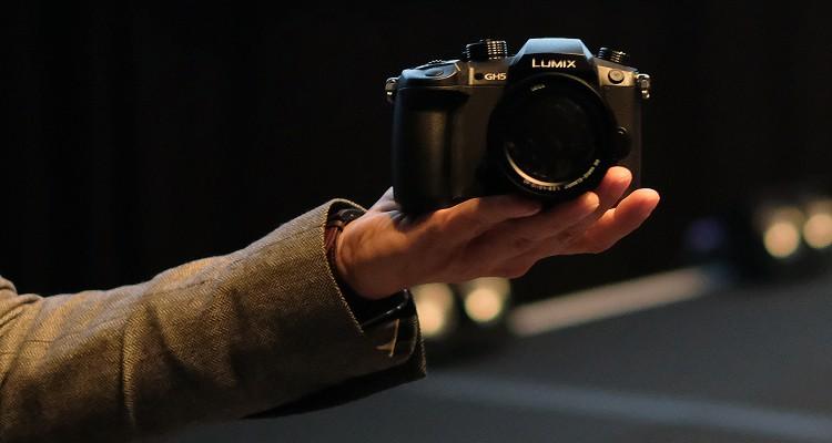 panasonic-gh5-high-end-mirrorless-camera-4