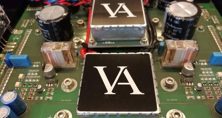 vitus-audio-sm103-mono-power-amplifiers-2