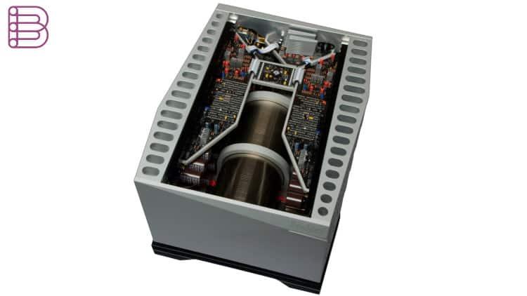 boulder-3050-mono-power-amplifier-3