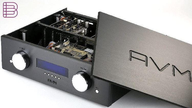 avm-ovation-pa-8.2-modular-preamplifier-2
