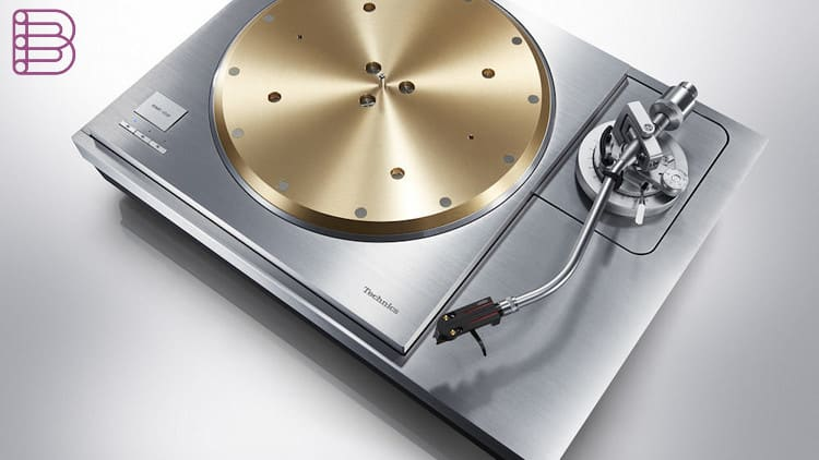 technics-sp10r-and-sl1000r-reference-turntables-3.jpg