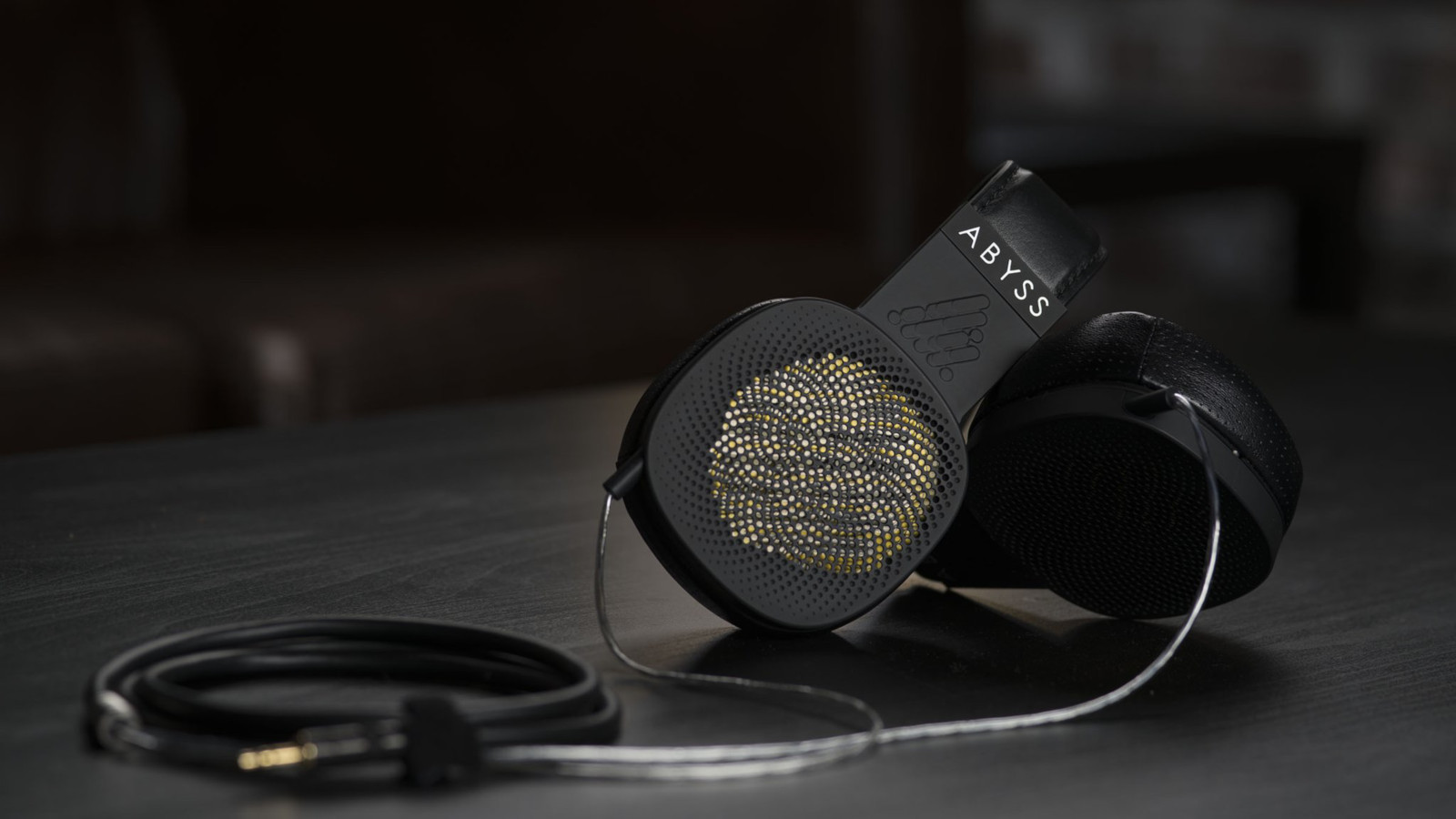 abyss-dianaphi-headphones1