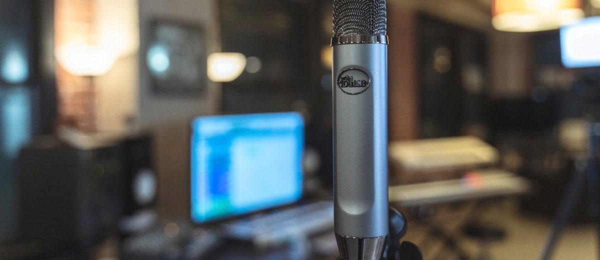 blue-ember-microphone3