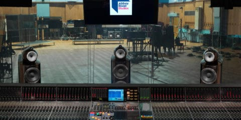 bowers-wilkins-800d3-installation-at-abbey-road