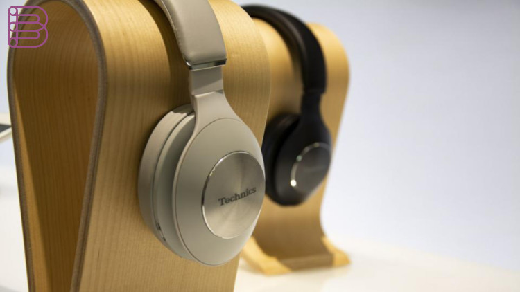 technics-wireless-headphones-3.jpg