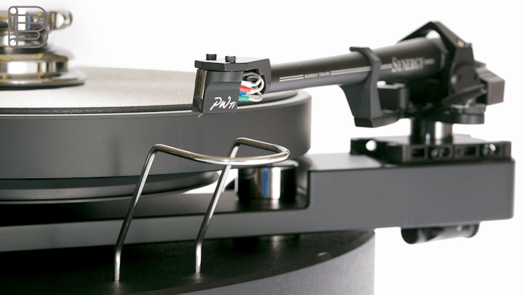 sme-audio-synergy-turntables-1