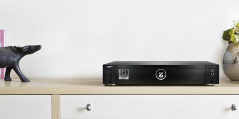 zappiti-pro-4k-hdr-audiocom-cinema-edition-lifestyle