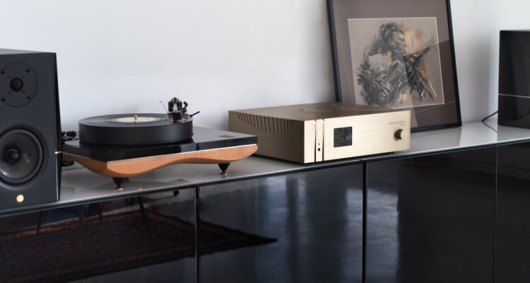 gold-note-ph1000-phono-stage-article